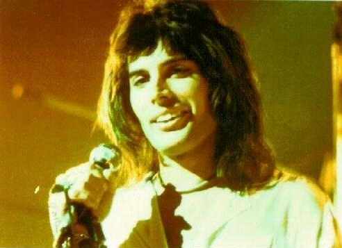 Happy Birthday Freddie (3/6)