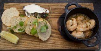 Chilli and garlic prawns, bread, preserved lemon mayoniase